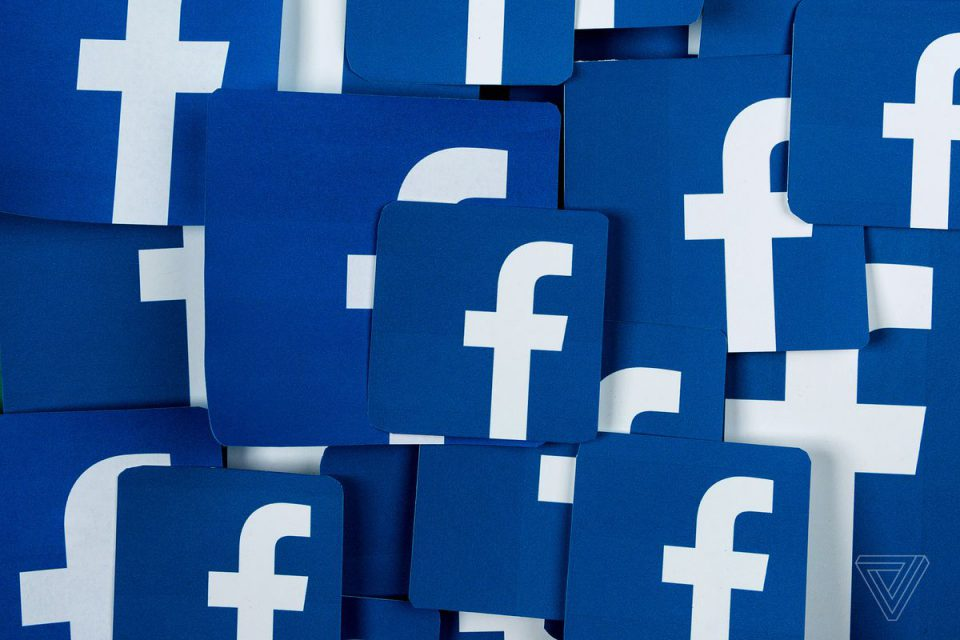 Facebook Deletes Accounts in India and Pakistan