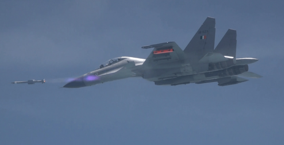 ASTRA successfully flight tested from Su-30 MKI